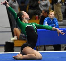 Gymnastics: Niwot's Curry as good as gold – BoCoPreps
