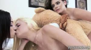 Lesbian pussy smelling video
