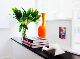 Vignette Design 8 Tips For Making Beautiful Vignettes Hgtv