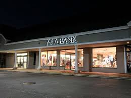 Mjm Designer Shoes Commack Ny Jos A Bank Shoe Store 8069 Jericho Turnpike Woodbury