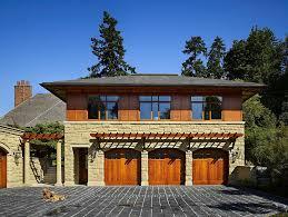European Style Villa On Lake Washington. Luxury Carriage House
