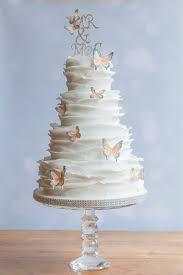 Iced Innovations Create Beautiful Bespoke Wedding Cakes In Weybridge