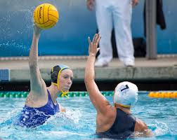 """Women's water polo """"˜finishers' give season a fast start - Daily Bruin"""