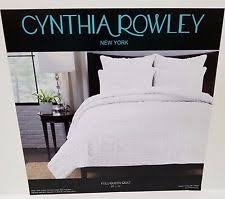 Cynthia Rowley Cottage Quilts, Bedspreads & Coverlets | eBay & Cynthia Rowley New York White Ruffle Full/Queen Quilt New Adamdwight.com