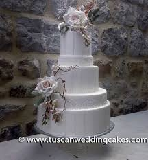 Classic Wedding Cake With Sugar Flowers At Modenella Castle Tuscan
