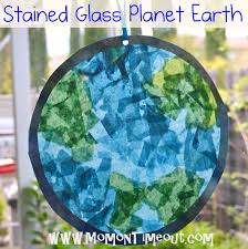 Stained Glass Planet Earth | Mom On Timeout A fun Earth day craft ...