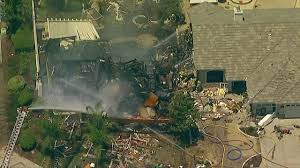 Gas explosion destroys house, kills utility worker - YouTube