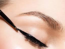 как правильно рисовать классические стрелки на глазах