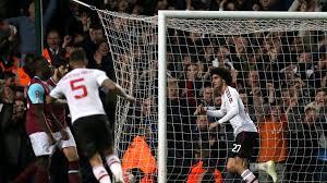 Schot met rechts van marcus rashford (manchester united) vanuit het midden van het strafschopgebied in het midden van het doel. West Ham 1 2 Man Utd Match Report Highlights