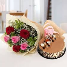 gorgeous roses bouquet with triple chocolate cake best gifts