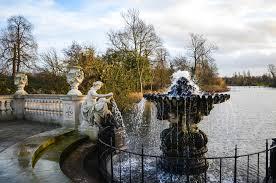 the italian gardens in hyde park