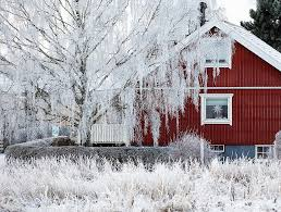 Winter Curb Appeal Trends To Sleigh The Selling Season