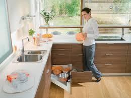 استغلال المساحات في المنزل images?q=tbn:ANd9GcS