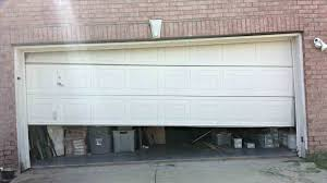 garage door won t close when cold open with remote chamberlain goes