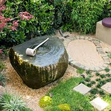 Fabulous Front Lawn Decor Ideas 18 Relaxing Japanese Inspired Front Yard  Dcor Ideas Digsdigs