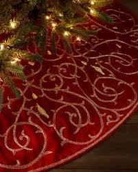 handembroidered snowflakes velvet tree skirt sudha pennathur z christmas skirt or tablecloth pinterest skirts yule and navidad red velvet tree skirt m69