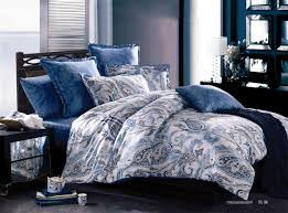one set inludes 1 bed sheet 1 duvet quilt cover and 2 pillowcases without comforter