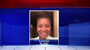 Sandra Bland mentioned previous suicide attempt voicemail left.
