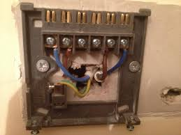 danfoss cylinder thermostat problem diynot forums could we have a clearer brighter picture of the wiring centre from lower down