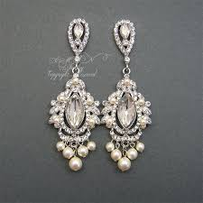 chandelier bridal earrings rhinestone pearl wedding by xinxinemin pearl and diamond chandelier earrings