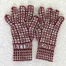 Compass Rose Sanquhar Gloves Pattern