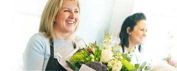 International gift delivery in colombia by i was kept up to date each step of the way and the product was well received. Flower Delivery Usa Send Flowers Same Day By Florists