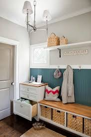 Design Ideas: Keeping The Design Of The Mudroom Home Workspace ...