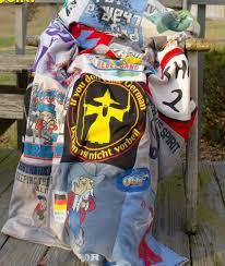 Double-Sided T-Shirt Quilt Pattern   FaveQuilts.com & Double-Sided T-Shirt Quilt Pattern Adamdwight.com