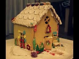 Casetta Di Natale Con Savoiardi : Casa natalizia di pasta frolla how to make a gingerbread house