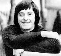 Star des englischen RTL-Programms: Tony Prince. Der damals 34-jährige Brite begann als Disc-Jockey in Tanzlokalen ... - tony_prince