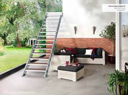 Wpc (short for wood plastic composite) is a composite products made of poly materials and fiber powder and this is why wpc can be recycled. Stahltreppe Fur Aussen Bei Souterrain Keller Oder Balkon