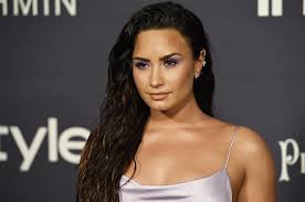 demi lovato talks love relationships shares dating advice for young people