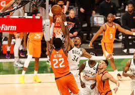NBA: Milwaukee Bucks besiegen Phoenix Suns in Spiel vier dank Giannis  Antetokounmpo - DER SPIEGEL