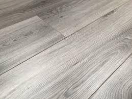 Grey Wood Laminate Flooring Harbour Oak Grey Laminate Flooring Pallet Deal Ac4 8mm 4v Groove
