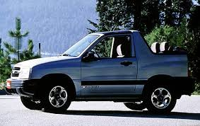 2001 Chevrolet Tracker - Information and photos - ZombieDrive