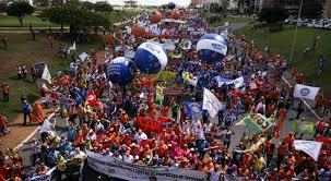 Resultado de imagem para protestos 24/05 em brasilia