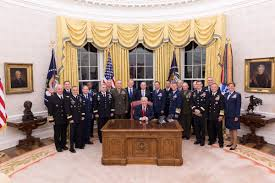 oval office picture. POTUS @realDonaldTrump In The Oval Office W/senior U.S. Military Leaders Prior To Dinner Hosted By President \u0026 First Lady @WhiteHouse.\u2026 Picture U