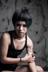 ドラゴンタトゥの女の髪型 Stylistd