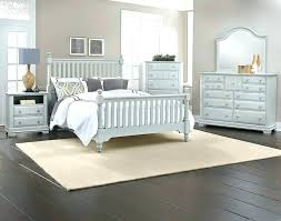 Bedroom Sets: white wicker bedroom set. White Wicker Bedroom ...