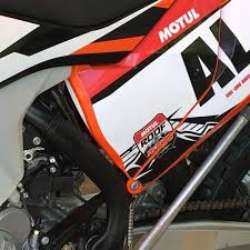 2018 ktm fuel injected. simple fuel upclose spy shot of the new goods inside 2018 ktm fuel injected