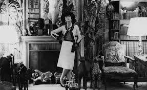 Wie Coco Chanel die Modewelt revolutionierte