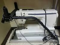 viking Husqvarna long arm quilting machine in South Palmyra - letgo & viking Husqvarna long arm quilting machine Adamdwight.com