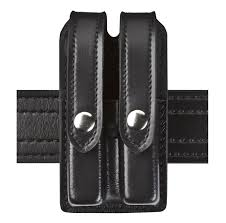 Double Magazine Pouch With Handcuff Holder Model 100 Slimline Double Magazine Pouch The Safariland Group 20