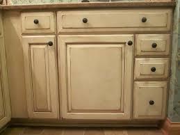 Glazed White Kitchen Cabinets Antique Glaze Painted Kitchen Cabinets