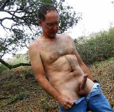 Free nude outdoor hairy men