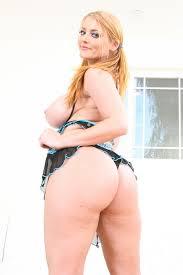 Photos de dot porno XXX Horny babes Sophie Dee and Austin Taylor.