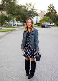 canadian blogger jackie goldhar of something about that is wearing a leather moto jacket