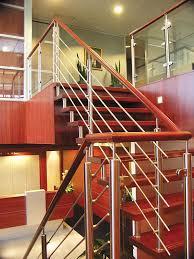 Wooden handrail NATURAIL Q Railing Europe Holding GmbH ...