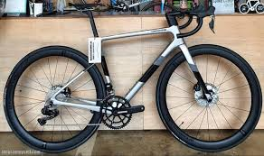 Explore innovative cannondale bicycles and bikes of american brand with a different variety. 2021 Cannondale Supersix Evo Disc Ultegra Di2