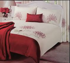 duvet covers 33 innovation inspiration red and cream duvet cover changingbedrooms com double size fl embroidered